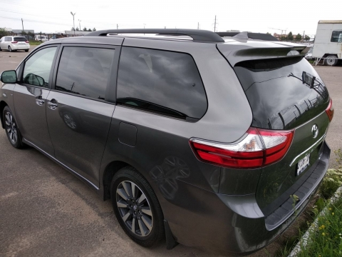 Toyota Sienna Limited Premium AWD