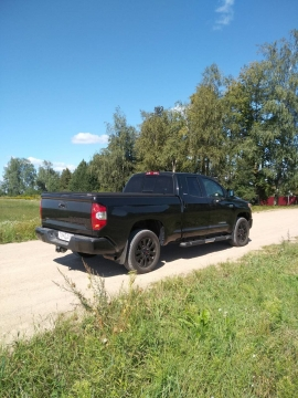 Toyota Tundra Limited AWD